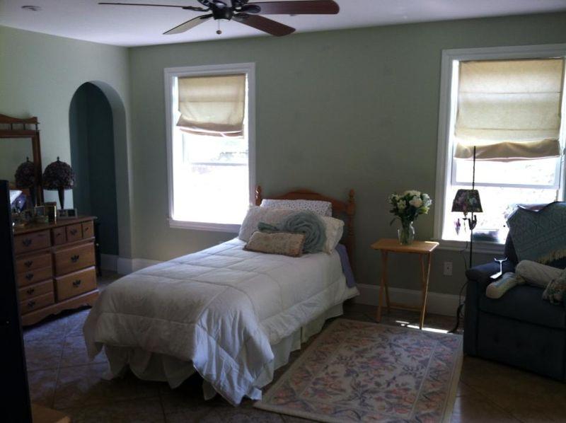 Mom bedroom