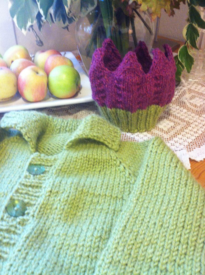 Twin Sweaters 005