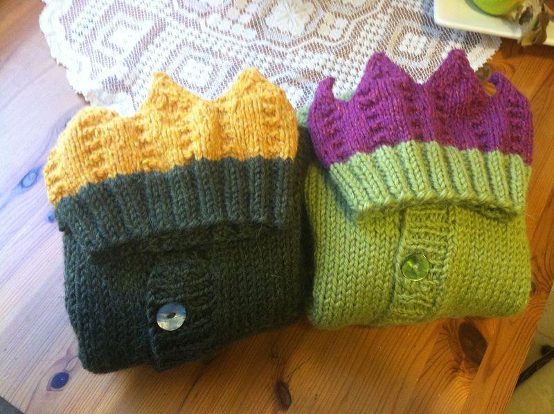 Twin Sweaters 014