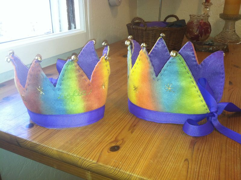 Birthday crowns age 4 009