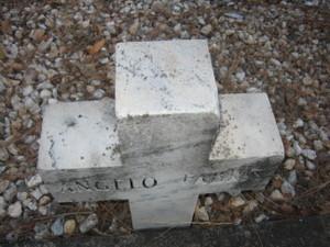 Cemetery_009