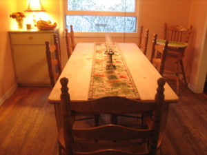 Clean_dining_room_005_2