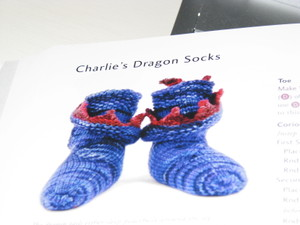 Dragon_socks_001
