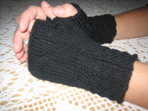 Wrist_warmers_completed